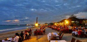 Pantai Jimbaran Bali : Pantai Berpasir Putih yang Hits