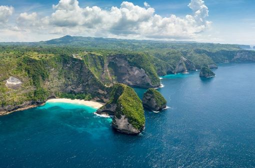 Nusa Penida Island: Heaven for Humans and Marine Biota
