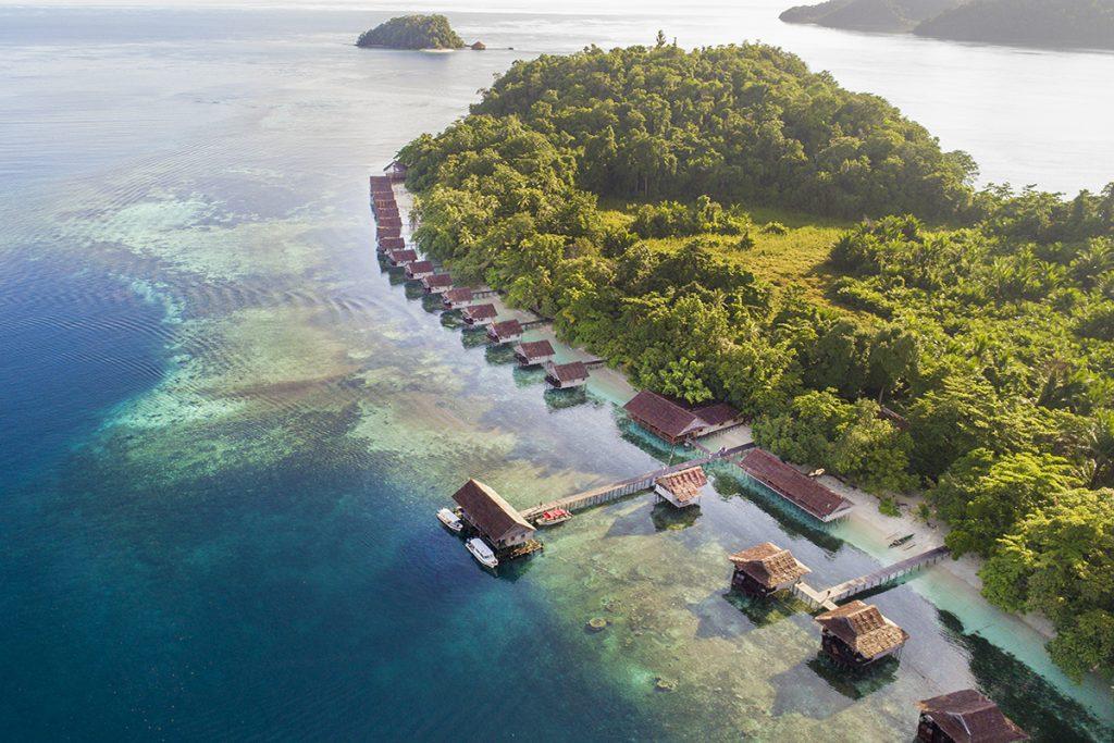 Top Amazing Beaches in Indonesia Paradise